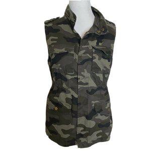 Love Tree Camo Vest Size Medium Womens Olive Green